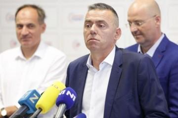 Vukovarski branitelj Stipo Mlinarić: Pupovac bi zabranjivao naše svetinje
