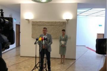 Mlinarić: Neka Medved i Plenković povuku Zakon o civilnim žrtvama i pokrenu tužbu protiv Srbije