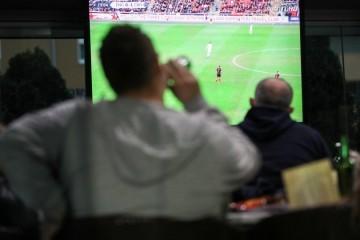 Prva utakmica Vatrenih: Grad Zagreb na određene lokacije šalje hitnu službu i veći broj redara, intenzivirana suradnja s policijom