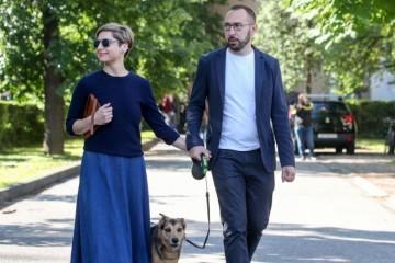 TOMAŠEVIĆ I SUPRUGA KAO PRINC HARRY I VOJVOTKINJA MEGHAN: 'Od zagrebačkog gradonačelnika stvaraju kult ličnosti'