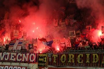 Povijesni trenutak za hrvatski nogomet; navijači Hajduka preuzeli su kontrolni paket dionica i sada mogu utjecati na donošenje važnih odluka