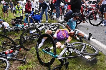 Porušila ih kao domine: Uhitili ženu koja je porušila na desetke biciklista na Tour de Franceu