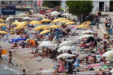 Eickhout: Masovni turizam dugoročno poguban za Hrvatsku