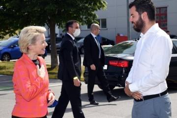 Ursula von der Leyen posjetila Rimac automobile: Duboko sam impresionirana, ovo je budućnost. Hvala ti, Mate