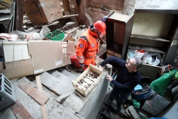 NOVO PODRHTAVANJE TLA U 19.29  Seizmolog Fiket: Možemo očekivati i potres magnitude veće od pet po Richteru