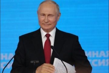 'OVO JE DEBAKL!' BIVŠI MARINAC BRUTALNO O AFGANISTANU: 'Putin vjerojatno sjedi u Kremlju i smije se od uha do uha'. Otkrio tko možda pomaže talibanima