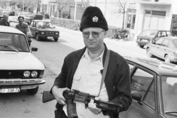 ŠEŠELJA JE '91. HRVATSKA POLICIJA UHITILA, PA PUSTILA! 'Istina, predstavio sam se kao četnički vojvoda'