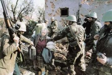 20. prosinca 1995. Zločini srpske vojske – četnički mimohod u etnički očišćenom Vukovaru