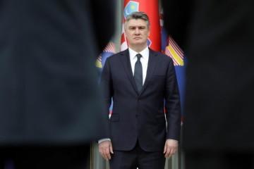MILANOVIĆ OBJAVIO FOTKE I NAHVALIO VOJNIKE: To je naša vojska bez koje ne bi bilo države!