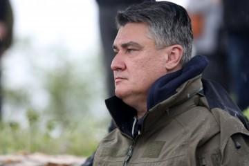 Milanović: Sa mnom u Okučane idu zapovjednici, to sam naredio u formi usmene zapovijedi. Ja sam vrhovni zapovjednik OSRH, uvijek