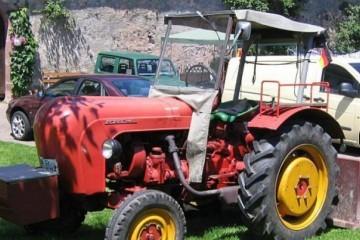 LUDOST ILI? Nijemac traktorom došao na ljetovanje u Hrvatsku