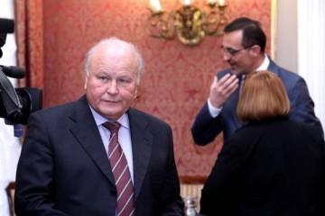 Od 1. listopada ostaju bez plaća ukoliko ne prihvate Linićeva pravila