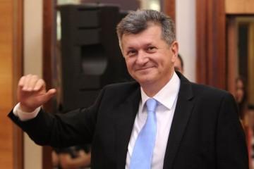 Kujundžić potpisom podržao referendum