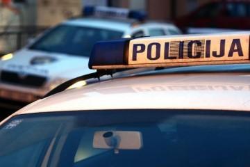 Strava u Splitu: Ženu pred djecom izrezao nožem, završila u bolnici