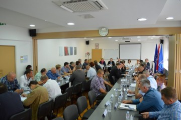 Sastanak ministra Tome Medved i ministra pravosuđa Ante Šprlje s predstavnicima braniteljskih udruga