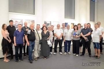 """SVEČANO OTVORENA MULTIMEDIJSKA IZLOŽBA """"Osijek na udaru brutalne agresije"""" u Vukovaru !"""