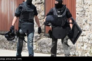 Policija uoči proslave ulaska u EU uhitila muškarca a TNT-om u automobilu