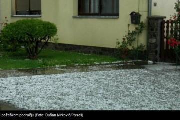 VIDEO Tuča, pijavica i jaka kiša poharali dijelove Slavonije
