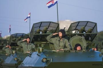 Država treba platiti 240.000 kuna vojniku zbog dežurstava i straža