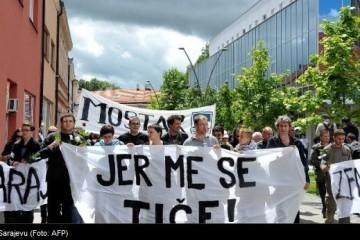 Sarajevo: Počeli VELIKI PROSVJEDI pred parlamentom!