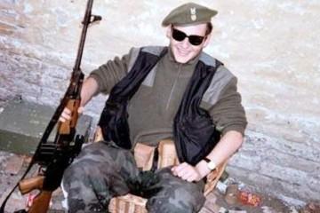 Antifašisti, poklonite se Jean – Michel Nicolieru, Francuzu koji je kao HOS-ovac dao život za Hrvatsku! (VIDEO)