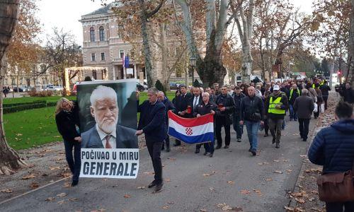FOTO: Molitvena hodnja 'Generale počivao u miru'