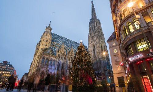 U Austriji Katoličku crkvu godišnje napusti broj vjernika veličine Karlovca