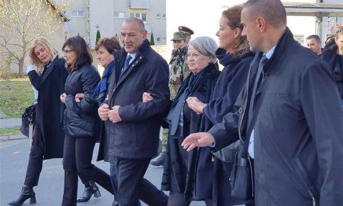Počast žrtvama Vukovara i Škabrnje