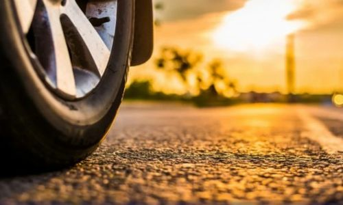 BiH: Četverogodišnja djevojčica umrla od vrućine zatvorena u automobilu
