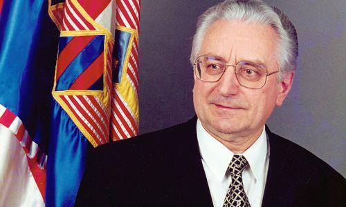 17. lipnja 1989. U Zagrebu osnovana Hrvatska demokratska zajednica (HDZ)