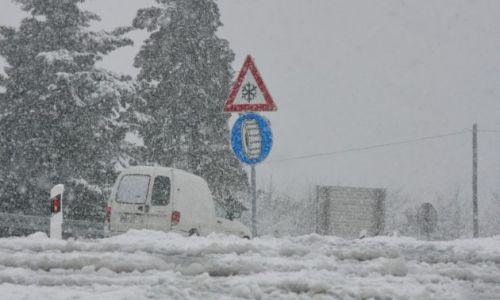 Spremite se na najgore, DHMZ izdao posebno priopćenje: Ovaj tjedan kiša, gromovi i snijeg!