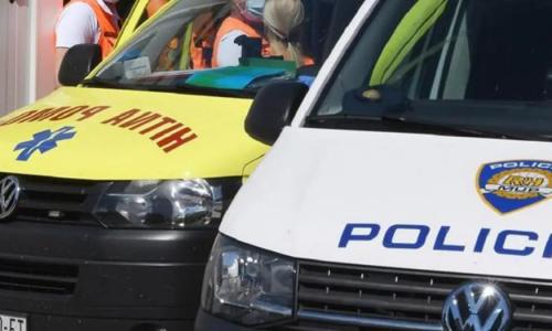 Autobus s putnicima uletio na trg u Požegi: Zabio se u skelu