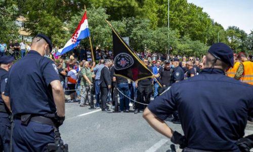 Policija navodi epidemiološke mjere i akreditacije kao razlog zabrane pristupa svečanosti u Kninu veteranima specijalne policije, HOS-a i drugim braniteljima