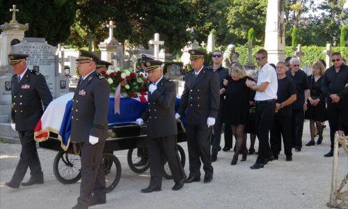 Dostojanstveno zbogom Ivici Matešiću Jeremiji... Adio Đovani!