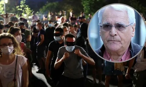 Milojko Pantić: Srbija je Vučićev talac, njemu Arkanovi časnici nogom otvaraju vrata od ureda