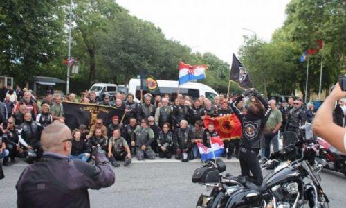"""OVO JE PRAVA PROSLAVA """"Oluje"""" o kojoj mediji nisu izvijestili: """"Fešta za Hrvate se nastavlja, uz zastavu OVK u ruci"""""""