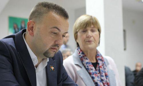 Pavliček: Vlada poziva njegovatelje srbočetničkih ideala koji u Novom Sadu slave ratnog zločinca