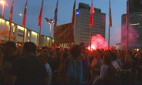 Kaos u Ljubljani: protivnici mjera traže i prijevremene izbore