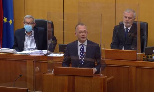 Hasanbegović o Švebu: Gospodo ih HDZ-a prestanite primjenjivati Titovu dosjetku o zakonima